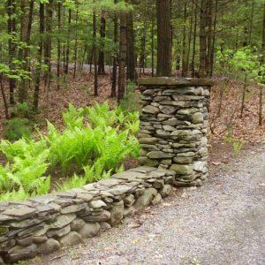 stone-pillars-in-woodstock-ny